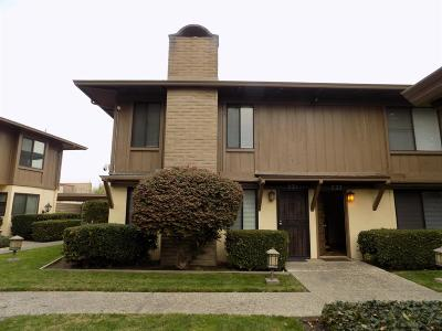 Lodi, Stockton Condo For Sale: 1077 Rivara Road