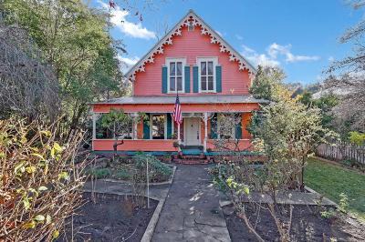 Mokelumne Hill Single Family Home For Sale: 8437 Center Street
