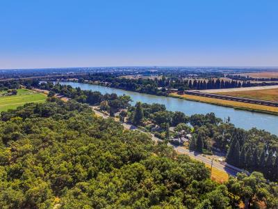 Sacramento Residential Lots & Land For Sale: 2434 Garden Highway