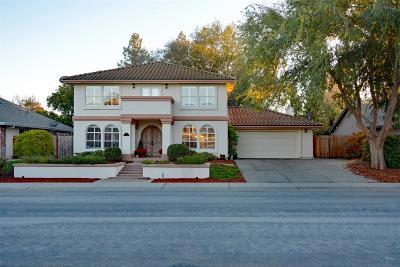 Dixon Single Family Home For Sale: 720 Collier Drive