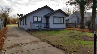 Sacramento Single Family Home For Sale: 2836 Del Paso Boulevard