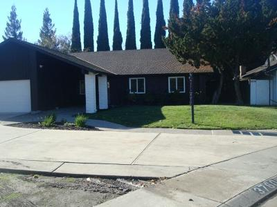 Stockton Single Family Home For Sale: 3760 Wood Duck Circle