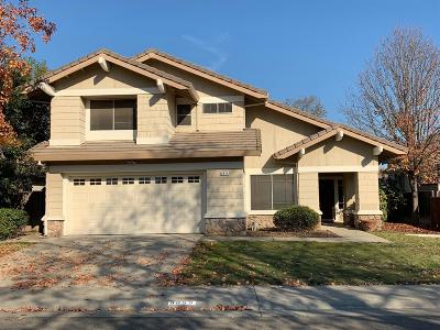 Elk Grove Single Family Home For Sale: 8859 Mandalay Way