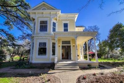 Sacramento Single Family Home For Sale: 8910 Folsom Boulevard