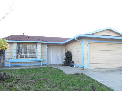 Sacramento County Single Family Home For Sale: 8184 Sunset Downs Drive