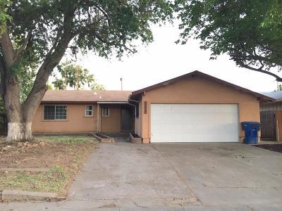 Sacramento Single Family Home For Sale: 2292 Babette Way