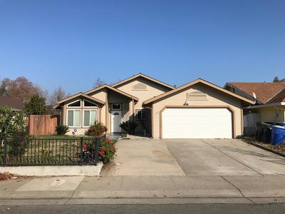 Sacramento Single Family Home For Sale: 5155 Summerbrook Way