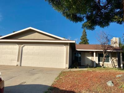 Sacramento Single Family Home For Sale: 7895 Tierra Glen Way