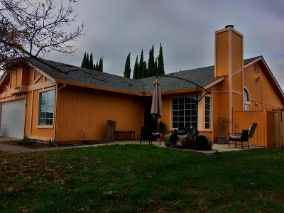 Stockton Single Family Home For Sale: 1511 Capitola Circle