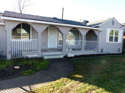 Sacramento CA Single Family Home For Sale: $365,000