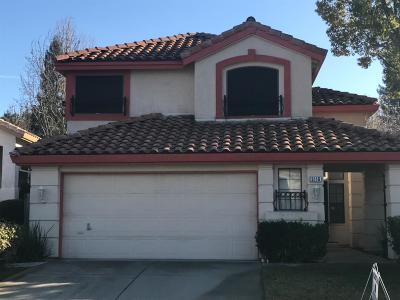 Elk Grove Single Family Home For Sale: 5116 Lady Di