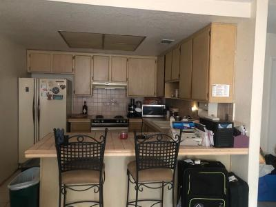 North Highlands CA Single Family Home For Sale: $190,000