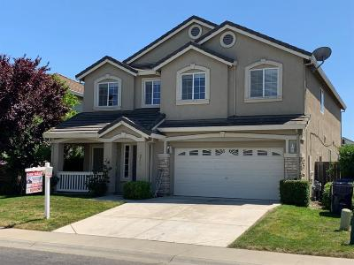 Sacramento Single Family Home For Sale: 2773 Screech Owl Way