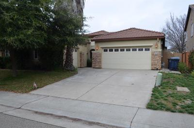 Rancho Cordova Single Family Home For Sale: 10947 Faber Way