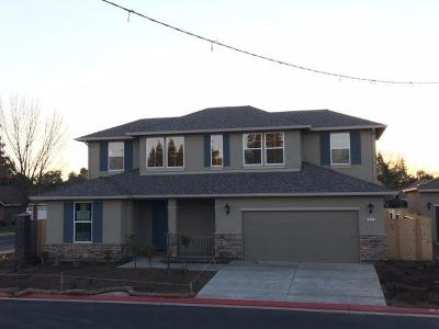 Escalon Single Family Home For Sale: 1504 Deborah Circle
