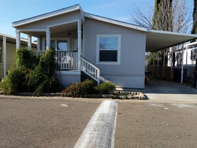 Citrus Heights Mobile/Manufactured For Sale: 6227 Plymouth Rock Lane