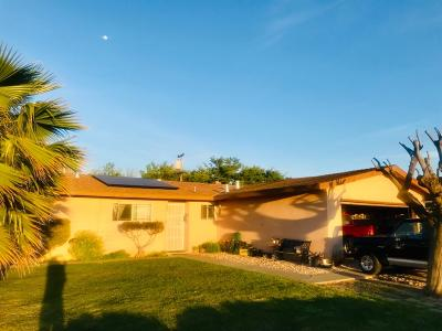 Gustine Single Family Home For Sale: 406 Jensen Road