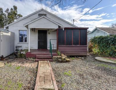 Sacramento Single Family Home For Sale: 2236 Boxwood Street