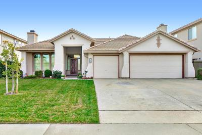 Rancho Cordova Single Family Home For Sale: 11832 Sophocles Drive