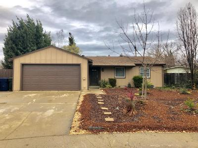 Rancho Cordova Single Family Home For Sale: 2217 Gleneyre Court