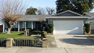Stockton Single Family Home For Sale: 7724 Dorchester Way