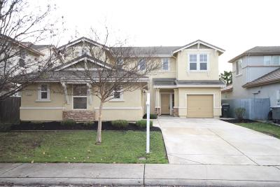 Elk Grove Single Family Home For Sale: 10353 Beckley Way