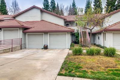 Sacramento Condo For Sale: 7330 Stratford Place