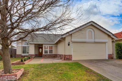 Sacramento Single Family Home For Sale: 9456 Markfield Way