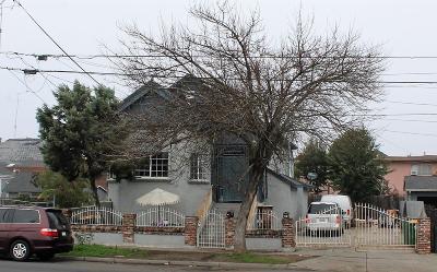 Stockton Multi Family Home For Sale: 327 East Hazelton Avenue