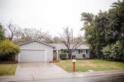 Sacramento Single Family Home For Sale: 4419 Dartmouth Drive