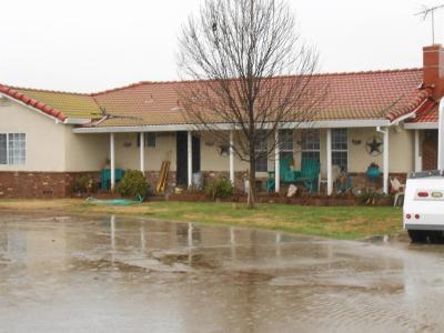 Stanislaus County Single Family Home For Sale: 11901 Walnut Avenue