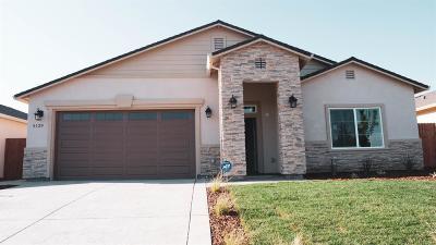 Sacramento Single Family Home For Sale: 5129 Nali Court