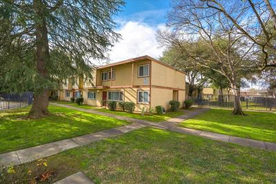 Sacramento Condo For Sale: 716 Northfield