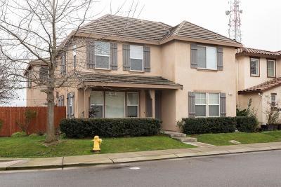 Modesto CA Single Family Home For Sale: $439,950