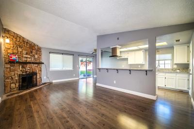 Sacramento Single Family Home For Sale: 8355 Middle River Court