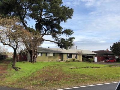 Lodi Single Family Home For Sale: 5195 East Live Oak Road