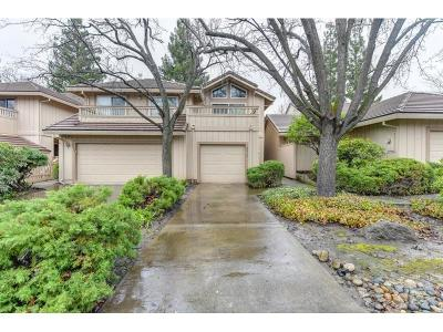 Citrus Heights Condo For Sale: 8215 Fox Meadow Place