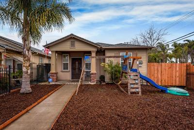 Sacramento Single Family Home For Sale: 909 Nogales Street
