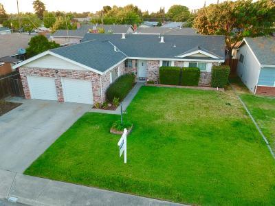 Turlock Single Family Home For Sale: 2225 Zinfandel Lane