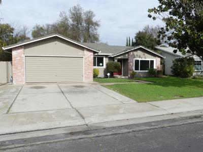 Stockton Single Family Home For Sale: 1961 Cheyenne Way