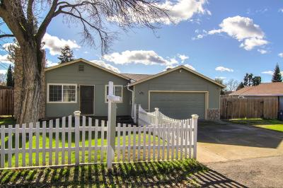 Citrus Heights Single Family Home For Sale: 7868 Highland Avenue