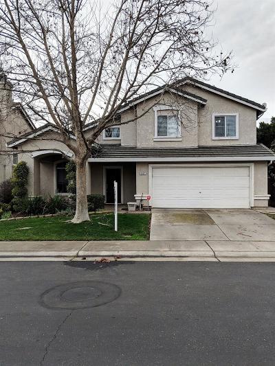 Elk Grove Single Family Home For Sale: 9462 Windrift Lane