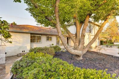 Sacramento Single Family Home For Sale: 45 Saratoga Circle