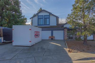 Vacaville Single Family Home For Sale: 337 Columbine
