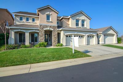 Roseville Single Family Home For Sale: 409 Wheat Field Court