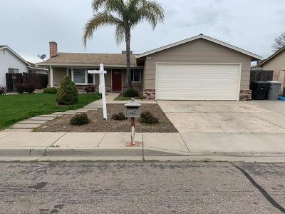 Oakdale CA Single Family Home For Sale: $289,900