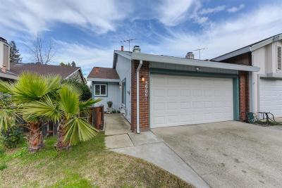 Citrus Heights Single Family Home For Sale: 5906 El Sol Way
