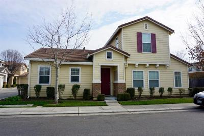 Stockton Single Family Home For Sale: 1818 Bella Lago Drive
