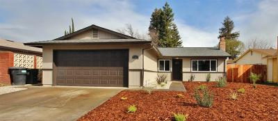 Sacramento CA Single Family Home For Sale: $329,900