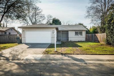 Sacramento Single Family Home For Sale: 46 Saint Marie Circle